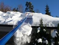Avalanche høvler snøen av taket